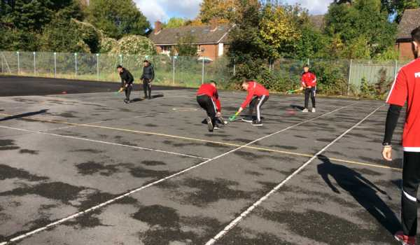 Apprentices take part in Quicksticks Hockey Course